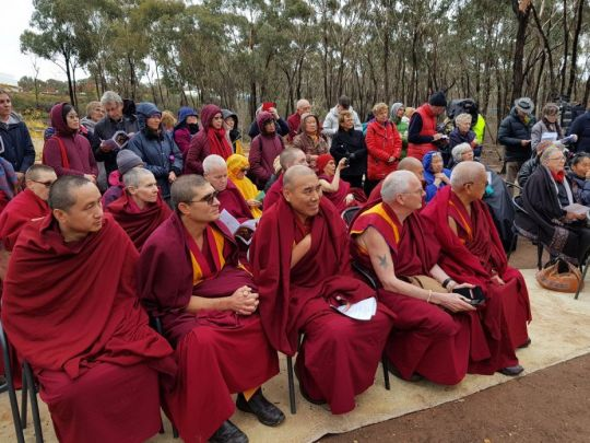 Gathered for the interfaith blessing, Bendigo, Australia, May 2018. Photo courtesy of Ian Green's Twitter page.