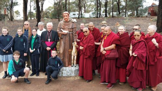 saint-francis-unveiling-great-stupa-201805-owen-cole