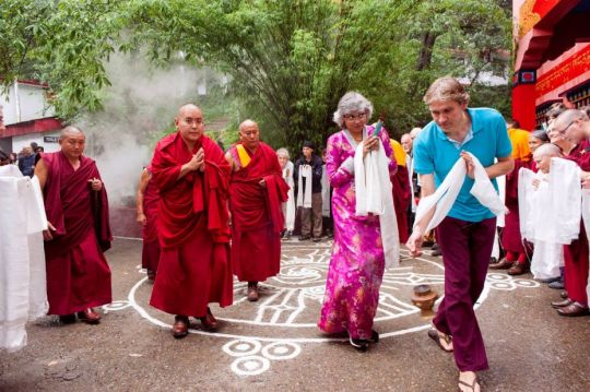 His Eminence Ling Rinpoche arriving at Tushita Meditation Centre, Dharamsala, India, August 2017. Photo courtesy of Tushita Meditation Centre's Facebook page.