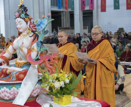 Ven Gyalten Wangmo Ven Thubten Dechen The Great Stupa