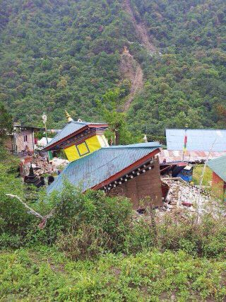 Supporting the Rebuilding of a  Kagyu Nunnery in Nepal