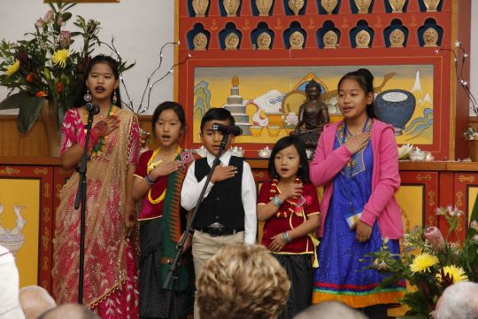 Himalayan and Tibetan Children's Choir at Buddha House 2018- photo by Hugh Sparrow