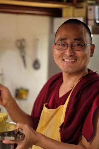 Ven. Lobsang Sherab cooking in Austria Sept 2017 photo by Markus Igel