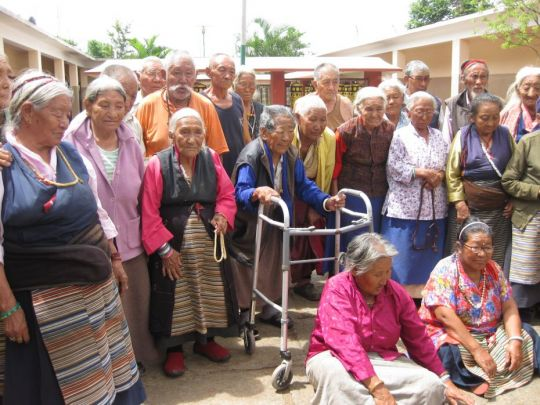 Support Offered to Elders of Dhondenling Tibetan Settlement, Kollegal, India