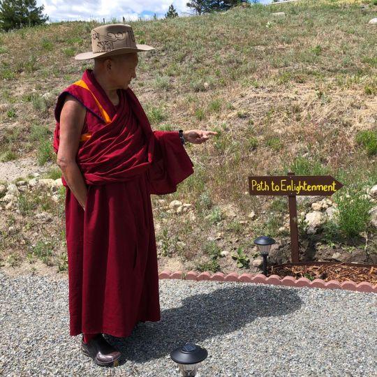 lama-zopa-rinpoche-path-signs-bapl-2018
