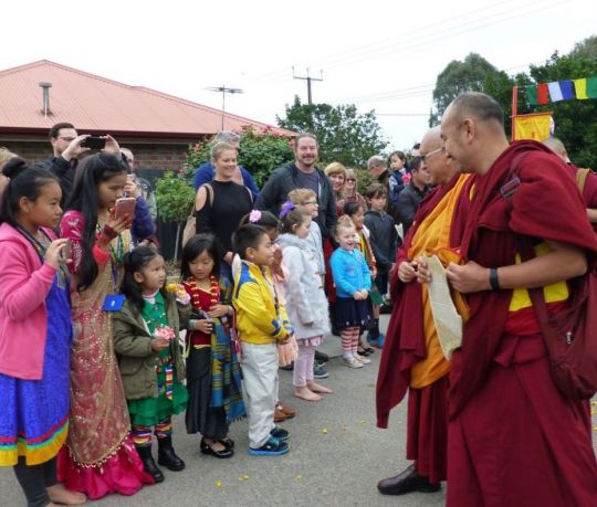 Buddha House Dharma Kids Club greet Rinpoche along with the children from the Himalayan Buddhist Community