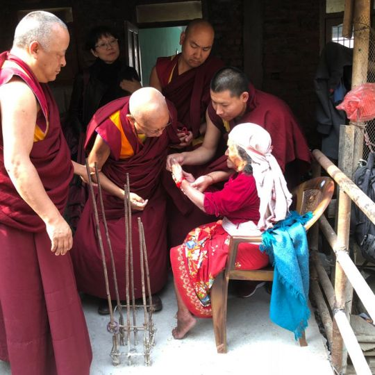 How a True Dharma Practitioner Bears Hardship