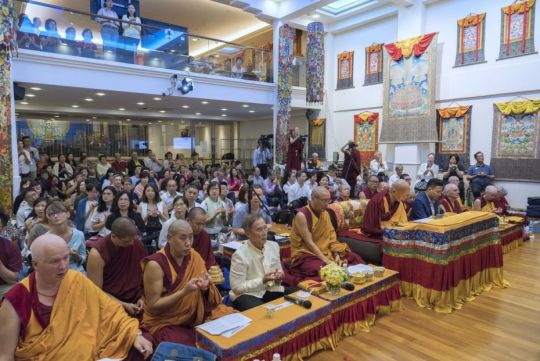 lama-zopa-rinpoche-seated-facing-the-chenrezig-statue-during-the-gold-crown-offering-ceremony-making-offerings-to-chenrezig-at-amitabha-buddhist-centre-singapore-sept-2018-by-ven-lobsang-sherab