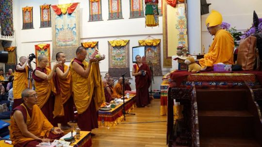 ven-tenzin-tsultrim-ven-gyalten-rabten-and-ven-tenzin-drachom-making-the-offering-to-lama-zopa-rinpoche-at-the-lama-chopa-commentary-at-amitabha-buddhist-centre-sept-2018-photo-by-tan-seow-kheng