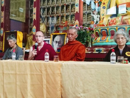 panelists-speaking-at-the-intersangha-gathering-held-at-nalanda-monastery-in-france-in-september-2018-by-nalanda-monastery