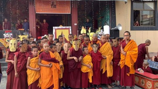 kopan-monastery-school-performers-in-costume-for-lama-zopa-rinpoche-birthday-at-kopan-monastery-december-2018-photo-by-kopan-monastery-school