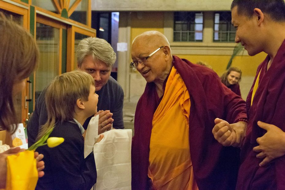 Longku Center Hosted Lama Zopa Rinpoche in Bern, Switzerland