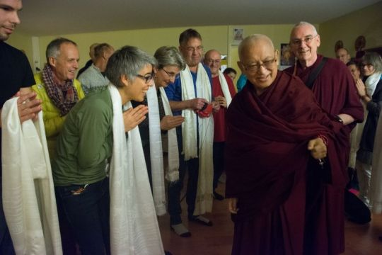 gendun-drupa-center-students-welcoming-lama-zopa-rinpoche-to-their-center-with-khatas-and-soft-toys-martigny-switzerland-november-2018-photo-by-severine-gondouin