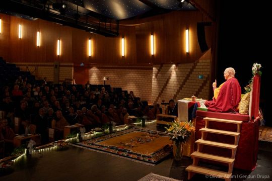 lama-zopa-rinpoche-teaches-at-the-baladin-theater-saviese-switzerland-november-2018-photo-by-olivier-adam