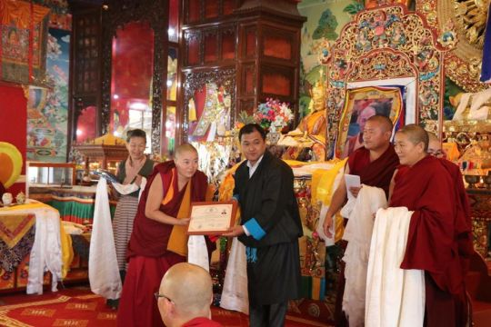 new-geshema-tenzin-drolkar-from-jangchub-choeling-nunnery-receives-certificate-from-tsultrim-gyatso-centeral-tibetan-administration-coordinator-for-tibetans-in-nepal-nov-2018-kopan