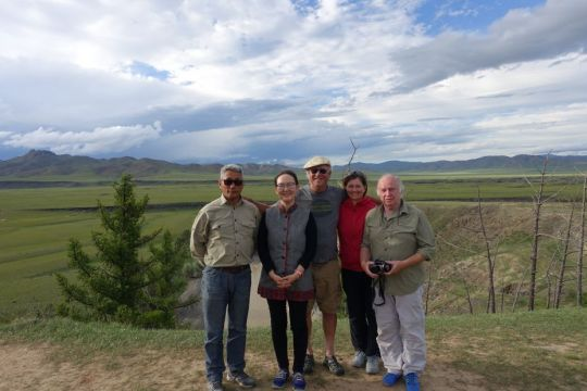 driver-oyunbaatar-center-director-ianzhina-bill-elena-and-cees-in-mongolia-while-on-a-pilgrimage-organized-by-ganden-do-ngag-shedrup-ling-august-2018-photo-courtesy-of-ianzhina-bartanova