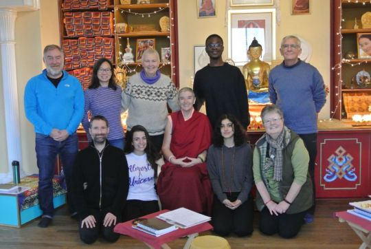 land-of-joy-lamrim-retreat-group-photo-in-uk-november-2018-photo-by-retreatants