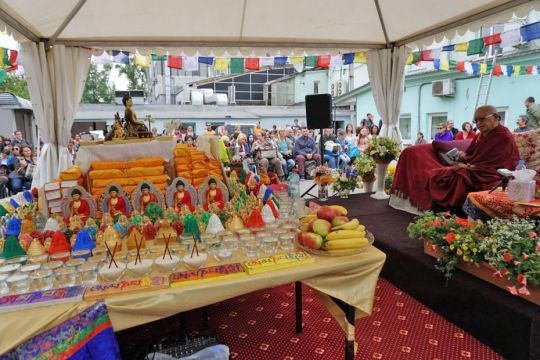 lama-zopa-rinpoche-at-animal-blessing-day-with-relics-circumambulating-holy-objects-and-altar-table-and-more-may-2017-ganden-tendar-ling-moscow-russia-by-ven-lobsang-sherab