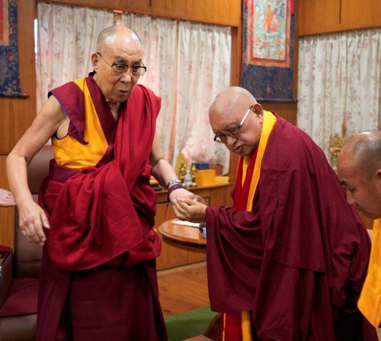 HH-Dalai-Lama-with-Lama-Zopa-Rinpoche-201808-OHHDL-1
