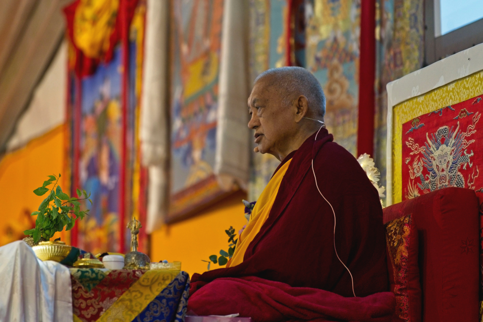 Lama Zopa Rinpoche teaching at Vajrayogini retreat