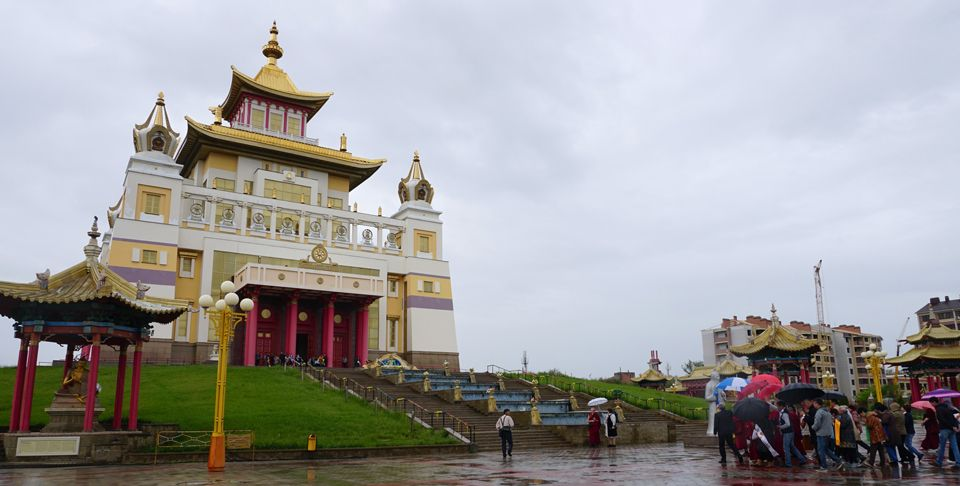 Golden-Abode-of-Shakyamuni-Buddha-Elista-Russia-May-2019