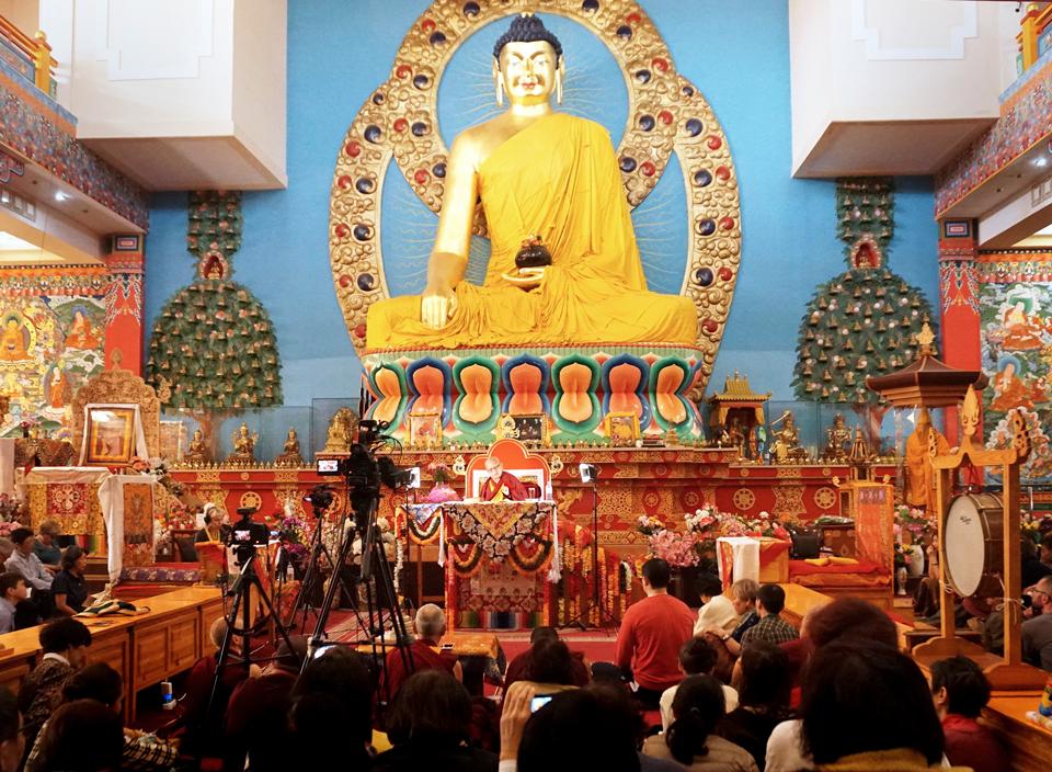 Lama Zopa Rinpoche Teaches in Russia