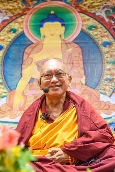 Watch Lama Zopa Rinpoche Teach LIVE from Moscow
