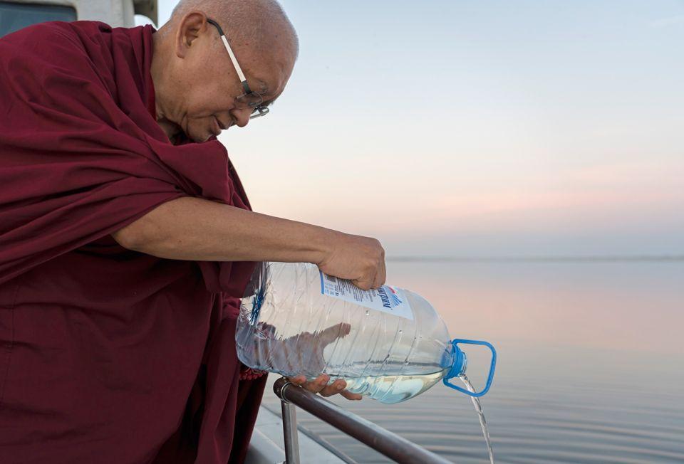 Lama Zopa Rinpoche Caspian Sea 2019