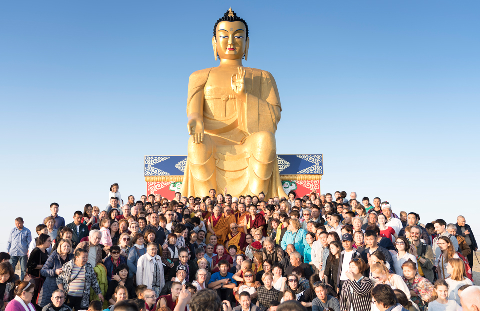 Rinpoche Visits Tallest Maitreya Statue in Europe and Blesses All the Sentient Beings in the Caspian Sea