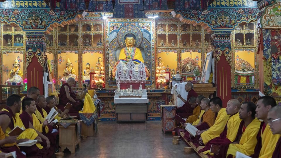 Lama Zopa Rinpoche and the Kopan Monks Offer Auspiciousness on Lhabab Duchen