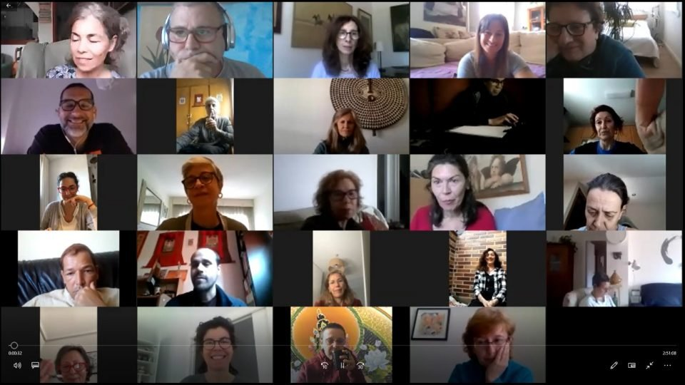24 people meeting together on Zoom.