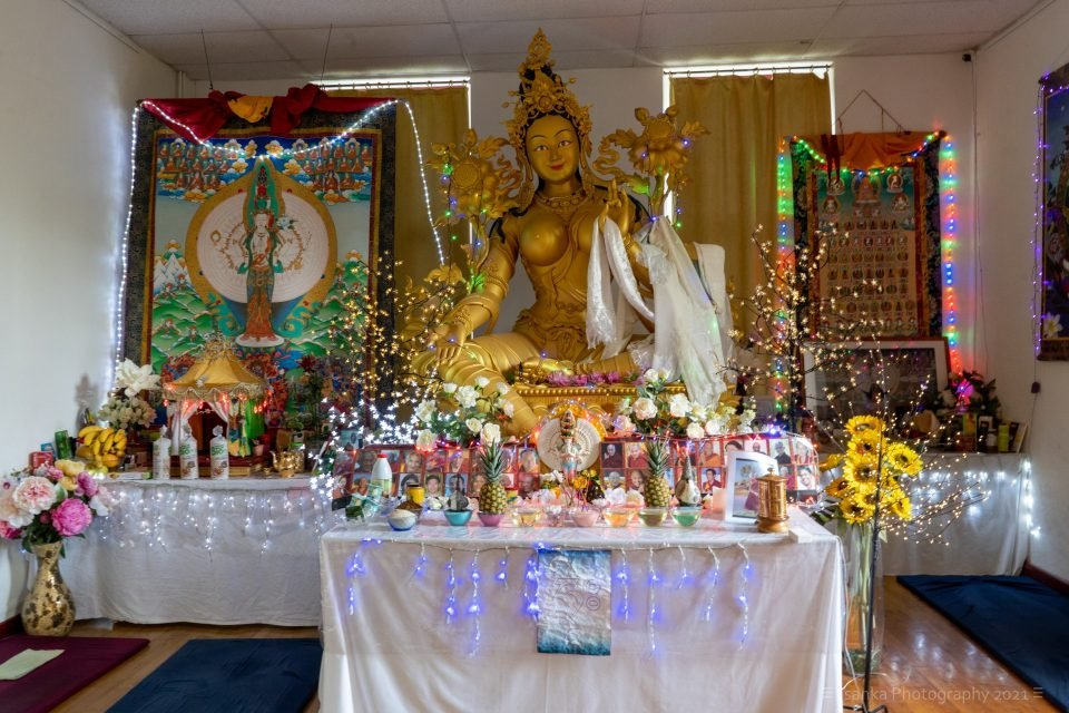 Rejoicing in TEN YEARS of 108 Nyung-Na Retreats at Institut Vajra Yogini