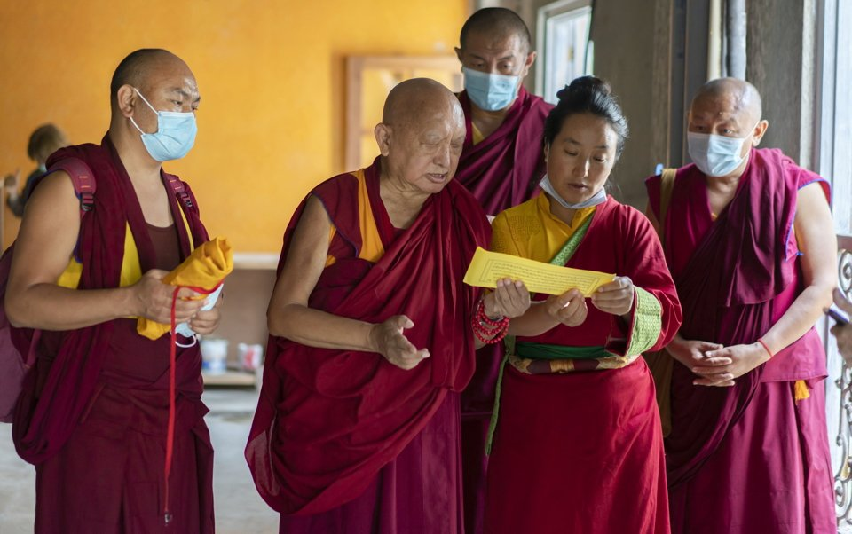 A Zillion Thanks to the Sangha for Reciting Manis During the Pandemic