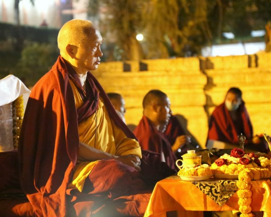 Lama Zopa Rinpoche at the Mahabodhi Stupa, Bodhgaya, India, February 2015. Photo by Ven. Thubten Kunsang.