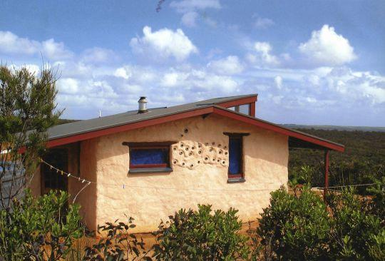Solitary retreat house perfect for retreat, De-Tong Ling, Kangaroo Island, Australia. Photo by George Manos.