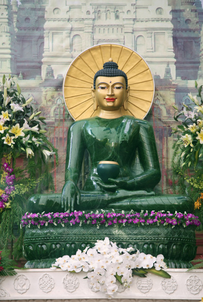 Jade Buddha for Universal Peace Seen by Millions