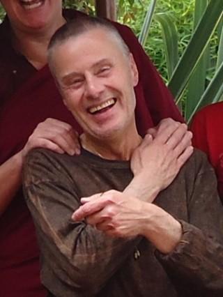 Alan Joyce, 2011, http://ventenzinchogkyi.com/2011/08/31/fundacion-dharma-bogota-colombia/