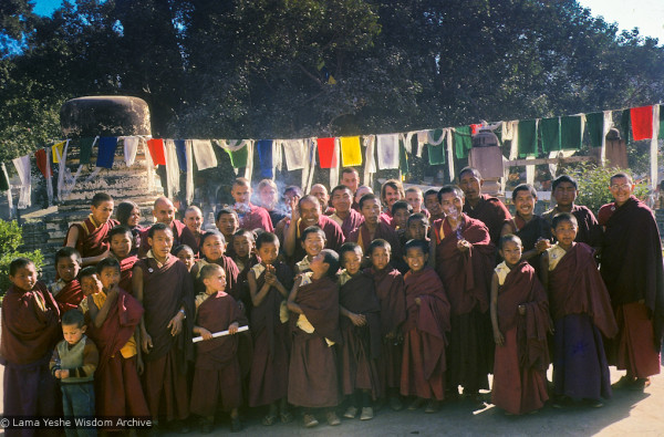 Mount Everest Centre students in Bodhgaya, India, 1974. Photo courtesy of Lama Yeshe Wisdom Archive.