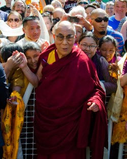 His Holiness the Dalai Lama outside of Maitripa College, Portland, Oregon, U.S., May 10, 2013. Photo by Marc Sakamoto.