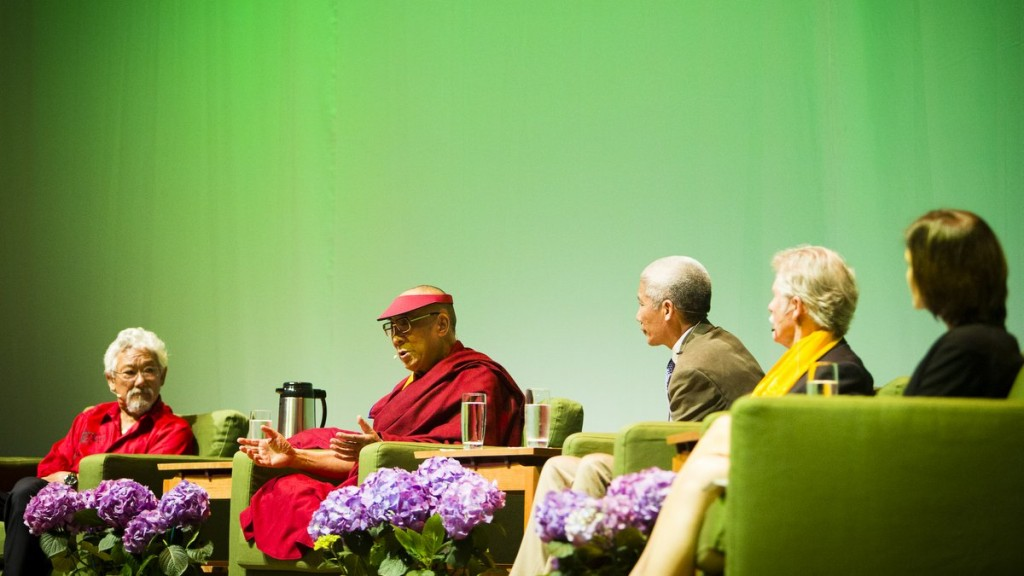 From left: David Suzuki with His Holiness the Dalai Lama, Thubten Jinpa, Gov. John Kitzhaber and Andrea Durbin, Portland, Oregon, U.S. Photo by Leah Nash