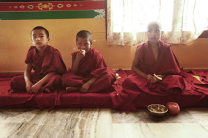Young monks from Sera Je benefit from the meal provided by the Sera Je Food Fund. Photo courtesy //fpmt.org/projects/fpmt/seraje/sjff-photos/