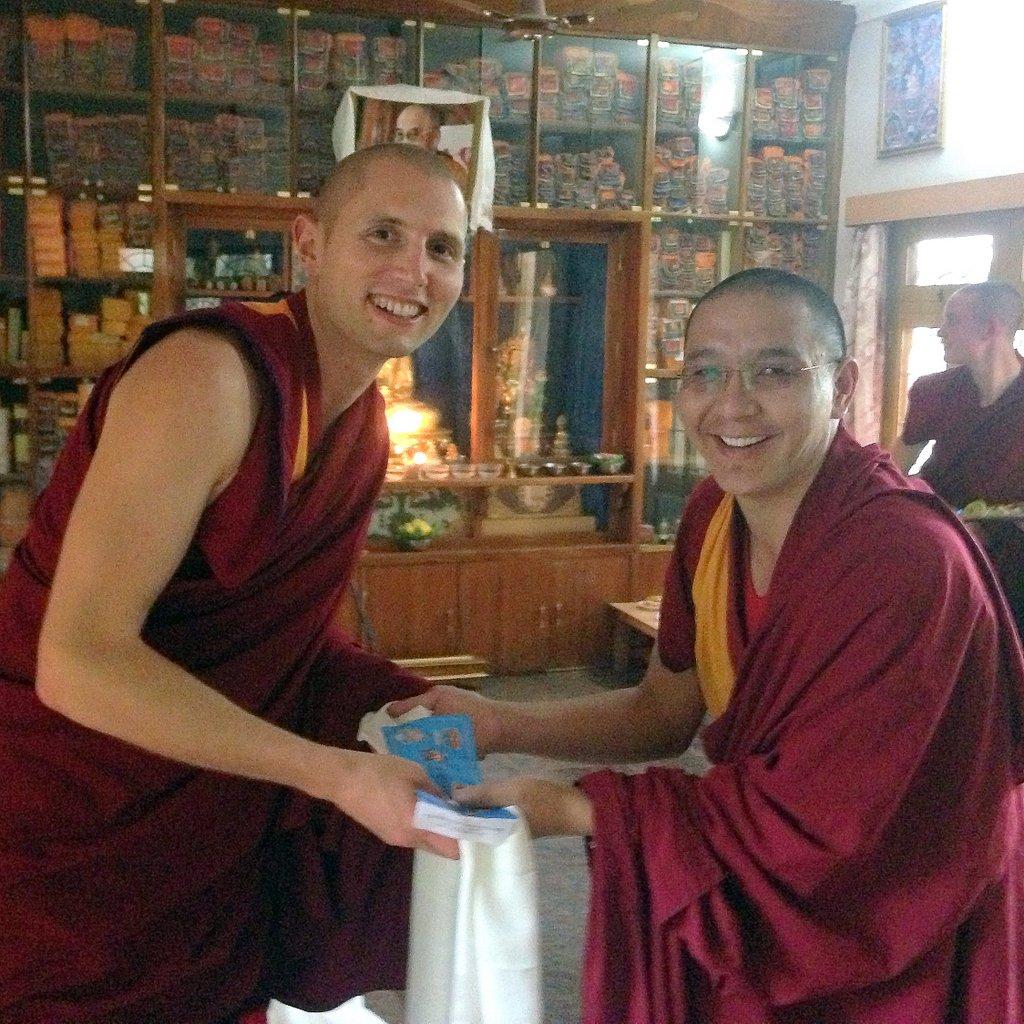 Thubten Jigme Rinpoche congratulates His friend-001