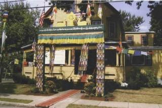 """A building with a """"good feelin g"""" awaits HH the Dalai Lama, 2003. Photo: Tony Lulek."""