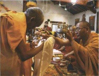 Long life puja for Dagri Rinpoche. Photo by Ven. Henri Lopez Kunsang.