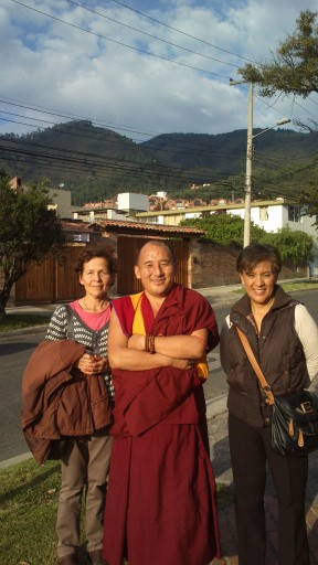 Students Martha Vizcaya and Myriam Monroy with Geshe Lobsang Kunchen, Bogotá, Colombia, April 2013. Photo by Martha Patricia Compean.