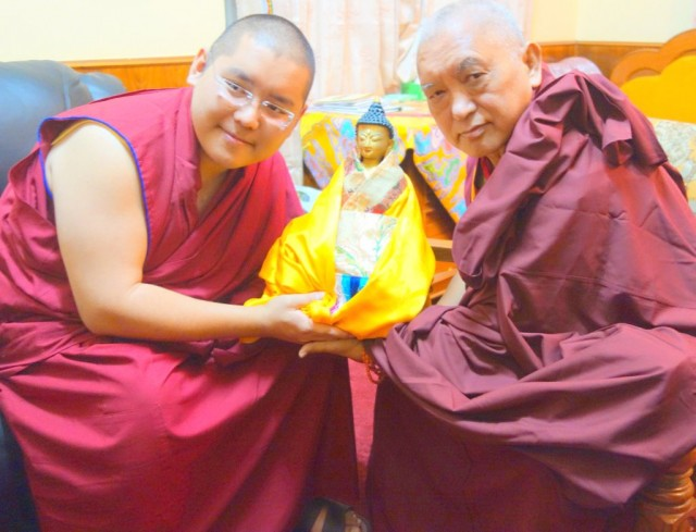 Ling Rinpoche and Lama Zopa Rinpoche, Sera Monastery, India, January 2014. Photo by Ven. Roger Kunsang.