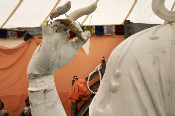 Damage to the Kundun Chenrezig will be repaired using resins and fiberglass, 2012. Photo courtesy of Istituto Lama Tzong Khapa.