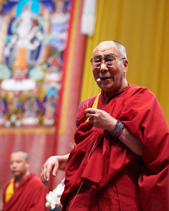 His Holiness the Dalai Lama at the conclusion of teachings organized by Istituto Lama Tzong Khapa, Livorno, Italy, June 15, 2014. Photo by Olivier Adam.