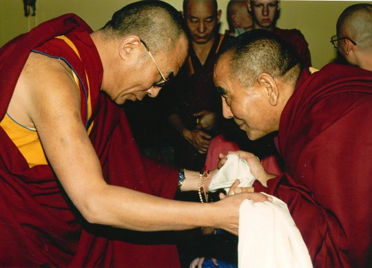 His Holiness the Dalai Lama with Geshe Lhundub Sopa in 1989. Photo by Kalleen Mortensen.
