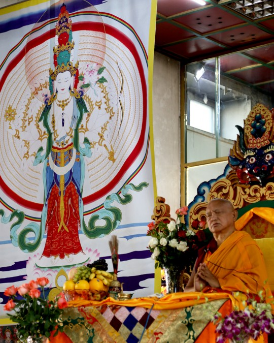 Lama Zopa Rinpoche teaching at the 100 Million Mani retreat, Ulaanbaatar, Mongolia, August 2014. Photo by Ven. Roger Kunsang.